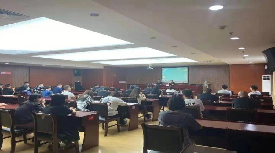 丽水市第十六届原创歌曲大赛创作培训班在龙泉市文化馆召开